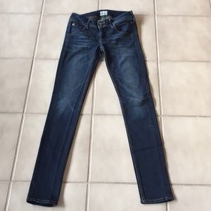 Hudson Collin Midrise Skinny Jean 25